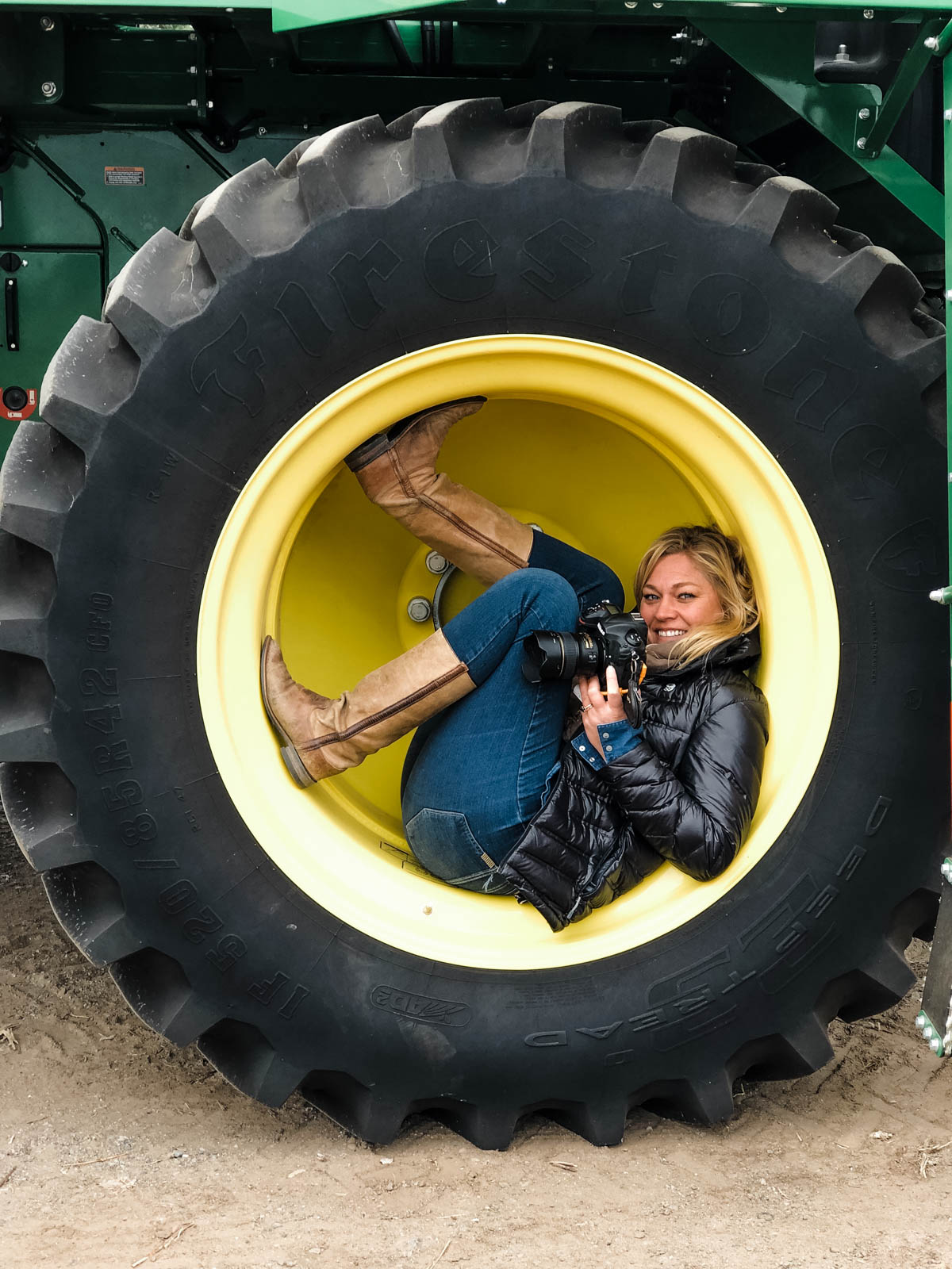 Dawn Heumann, Photographer tire
